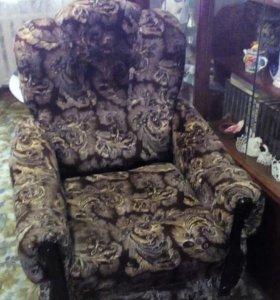 Кресло,в отличном состоянии