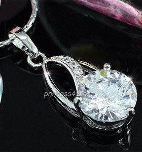 Кулон и цепочка с кристаллами Swarovski