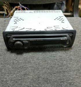 Автомагнитола Sony CDX-GT212