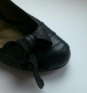 Туфли женские кожаные б/у