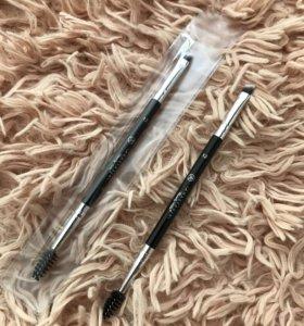 Двухсторонняя кисть для бровей