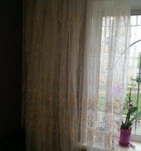 Тюль с золотистой вышивкой
