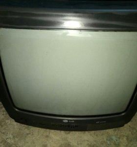 Телевизор 37см LG