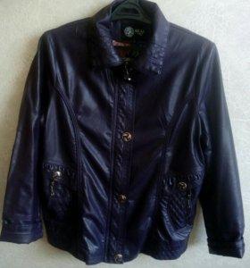 Женская куртка 54 размер