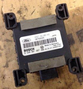 Блок управления бензонасосом ford Volvo 30769225