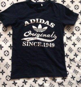 В наличии футболка