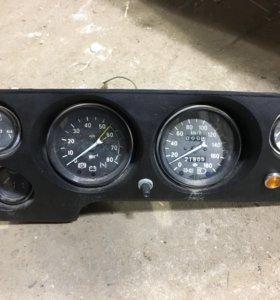 Панель приборов ВАЗ 2121