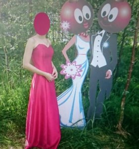 Вишнёвое платье