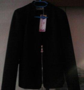 Пиджак новый, можно для школы