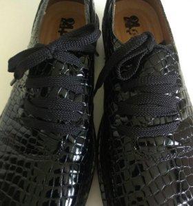 Туфли новые женские 39р.