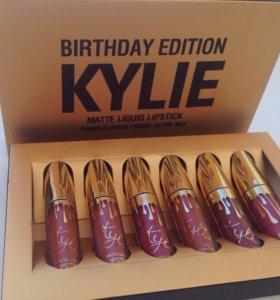 матовые помады Kylie