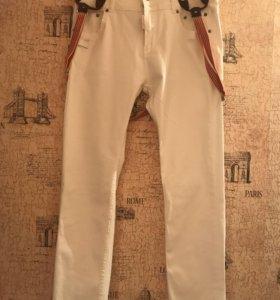 Новые джинсы DSQUARED2.