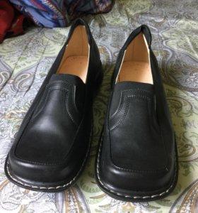 Туфли летние кожаные новые р.40