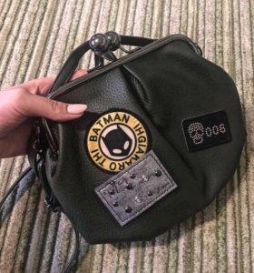 Продам сумку-клатч