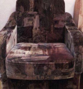 2 одинаковых Кресла