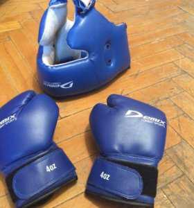 Шлем,перчатки Demix