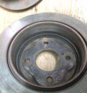 Nissan Skyline HR 33 диск тормозной задний