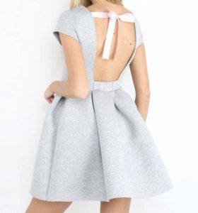 Платье новое с пышной юбкой