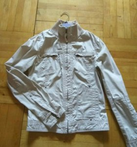 Куртка стильная