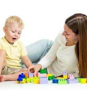 Услуги няни для ребенка