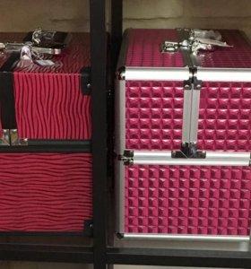 Косметичка-чемодан (кейс)