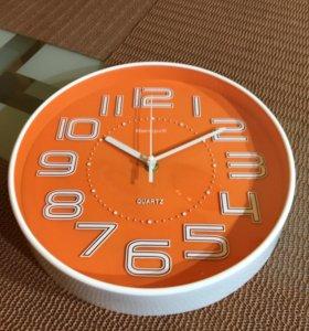 Яркие Настенные часы! Новые в коробке.