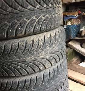 Резина Goodyear ultra grip extreme 215/55/r17