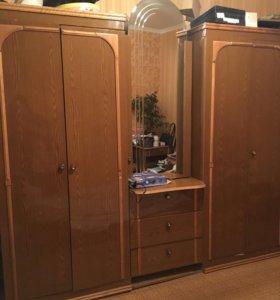 Спальный гарнитур, двухспальная кровать, шкаф