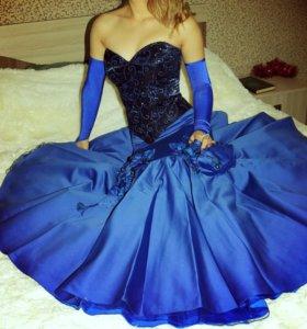 Продаётся вечернее платье