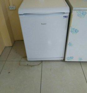 Холодильник indesit метровый