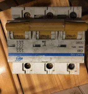 Автомат IEC