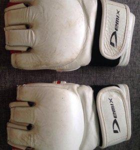 Перчатки demix.MMA.