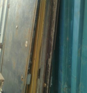 Двери металические, деревяные