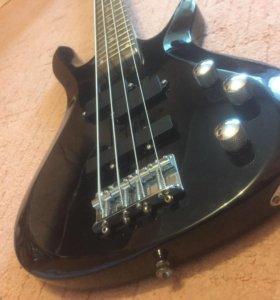 БАС гитара Rockwill