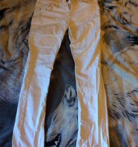 Продам джинсы H&M size 33-32