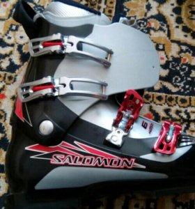 Ботинки горнолыжные Salomon Mission 6