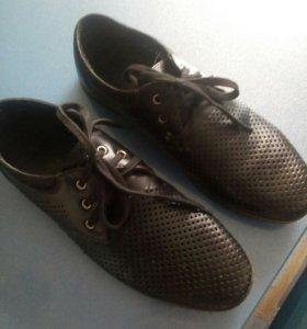Ботинки мужские.размер 39.