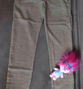 Стильные лёгкие брюки для девочки новые (Италия)
