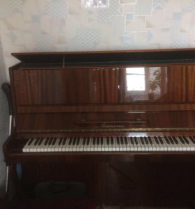 фортепиано Ласточка