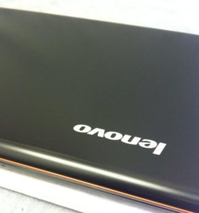 "Lenovo Core i7 (8 Ядер) 15.6"""