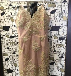 Пудровое платье новое