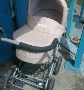 Продам коляску BabyTon