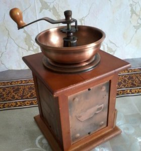 Кофемолка ручная с регулировкой помола