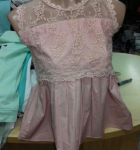 Блузка в цветах