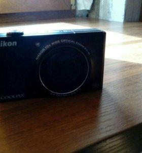 Цифровой фотоаппарат nikon s8000