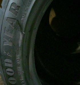 Goodyear eagle f1 245/45/18 100w