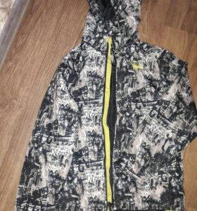 Курточка (ветровка)