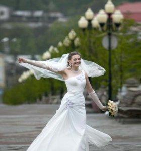 Свадебное платье. Р-р 46.