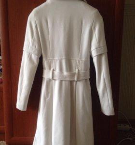 Пальто демиссизонное