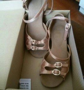 Обувь для танцы